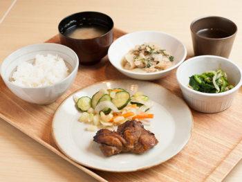 '15年4月OPEN! あの「タニタ食堂」が岡山に。約500kcalの健康定食が日替わりで。