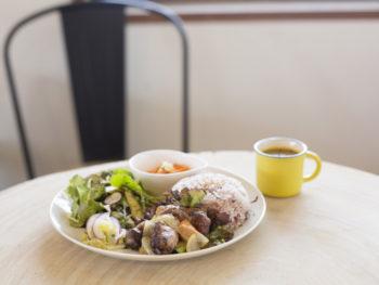井原市で人気の野菜たっぷりランチを召しあがれ。