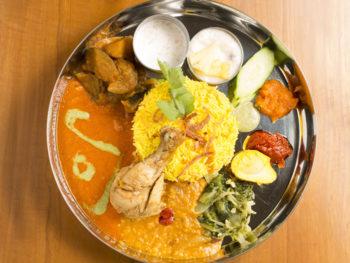 '15年9月OPEN! バングラディッシュ出身の料理長が作る絶品カレー。