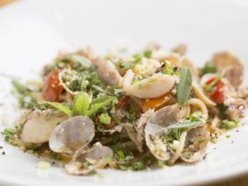 食材のうまみをシンプルに引き出す、地元に愛されるイタリアン。