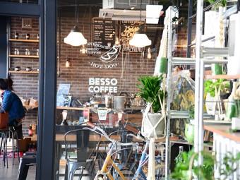 10月にリニューアルし、カフェ&キッズスペースも増設! 人気雑貨店『FLEX GALLERY 岡山店』へ。