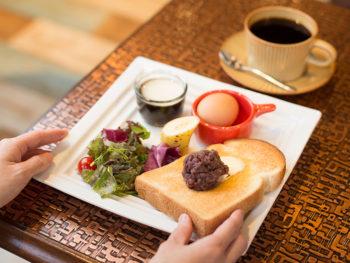 《しろくまカフェ》'18年5月OPEN! 純喫茶をリノベした空間で、名古屋式のモーニングを満喫して。
