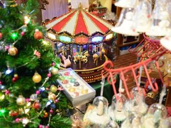 クリスマス気分が盛りあがる『Father Christmas』へ!