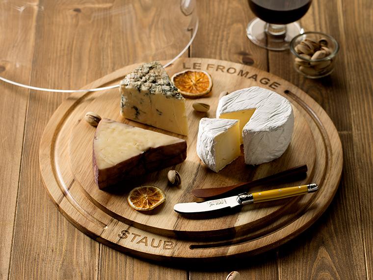 《真庭市/蒜山ラッテバンビ―ノ》ジャージー牛から作る、酪農家渾身のハード系チーズを手に入れて。