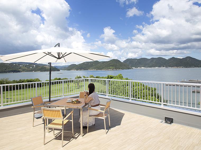 【キッチン星の】学んで、食べて、頭島を楽しむ。海を一望できる絶景レストラン。