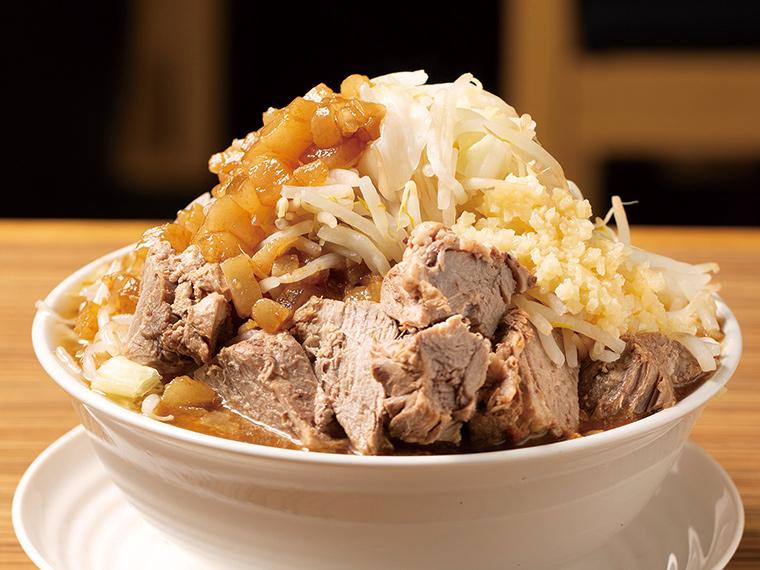 【麺ノ虎次郎Z】ガツンと濃厚な豚&鶏スープが絶品の「二郎系ラーメン」。