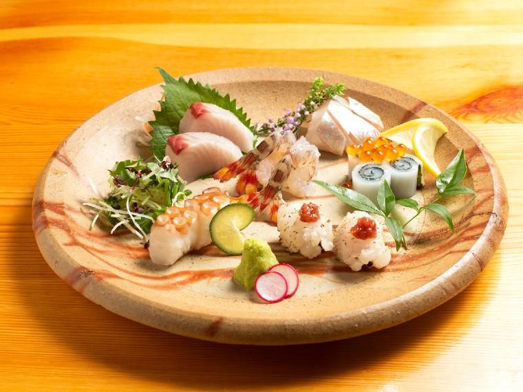 《岡山市/宣智酒家 成ると》一期一会の出会いを大切にする、地産地消の創作料理店。