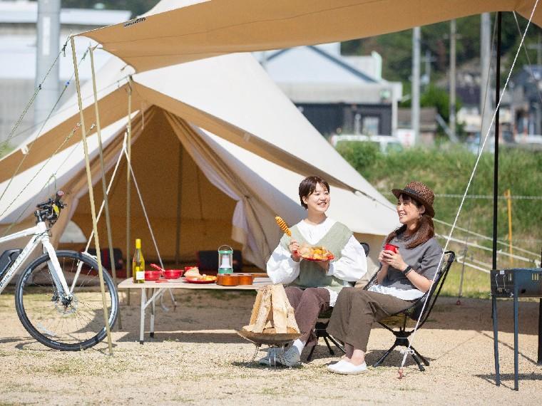 【玉野市/UNO Seaside Park(たまの湯キャンプ場)】グランピング気分で満喫できる、手ぶらキャンプサイトが登場!