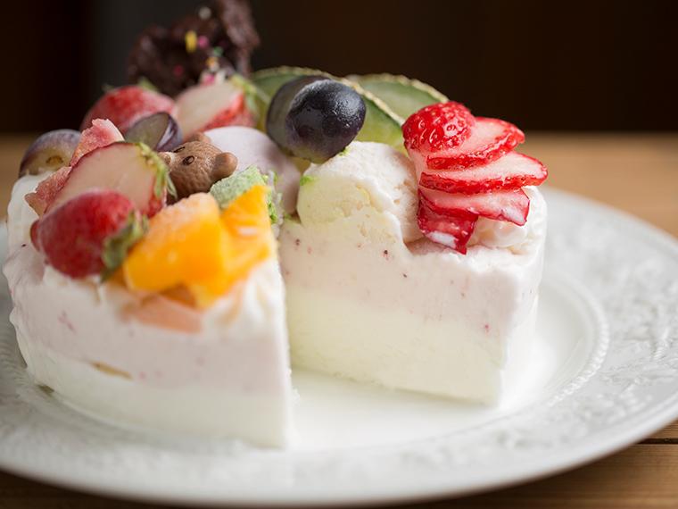 お取り寄せ(楽天) みさお牧場のフルーツたっぷりジェラートケーキ 価格4,540円 (税込)