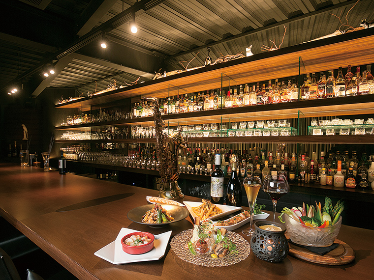 dining bar AQUAVIT